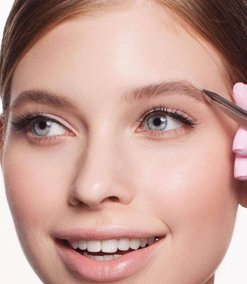 Как сделать брови выразительнее косметика армани где купить в спб