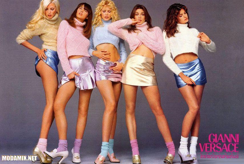 Девушки 90-х в теплых свитерах