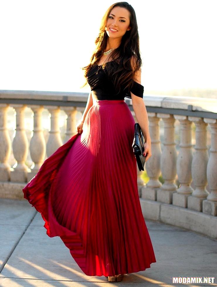 С чем носить длинную юбку красного цвета?