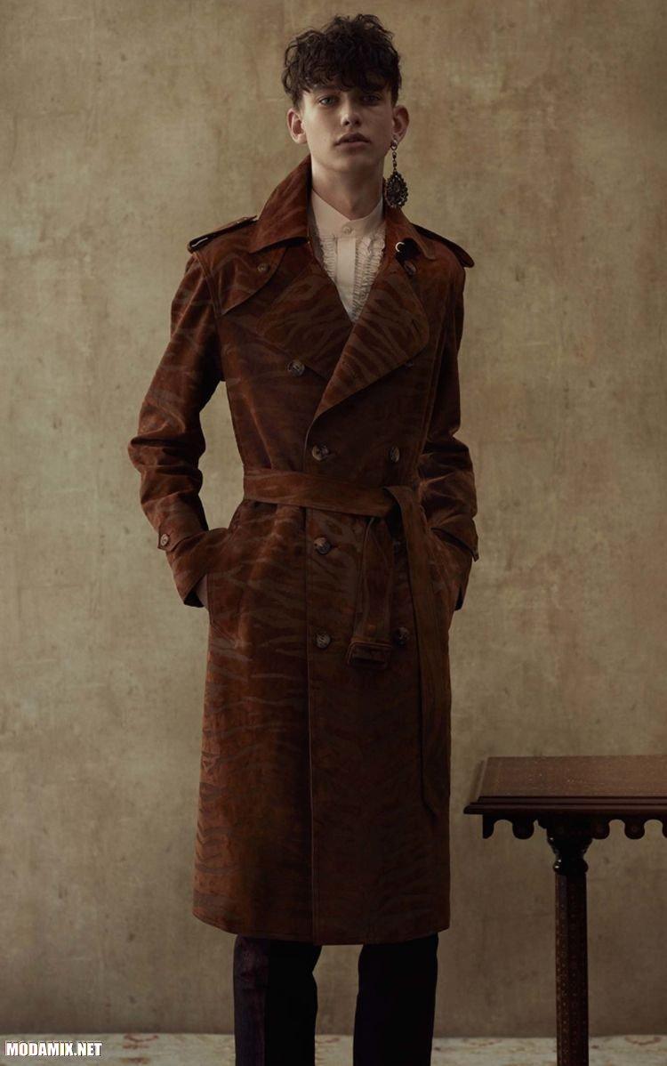 Фото мужского замшевого пальто
