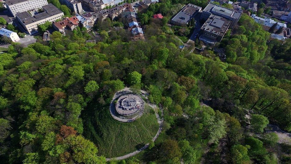 Картинки по запросу Львов весной високий замок
