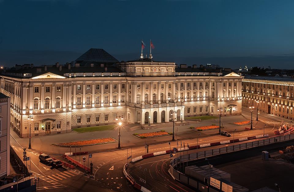 Выступление Беглова в ЗакСе: пойдет ли Макаров на открытый конфликт с губернатором