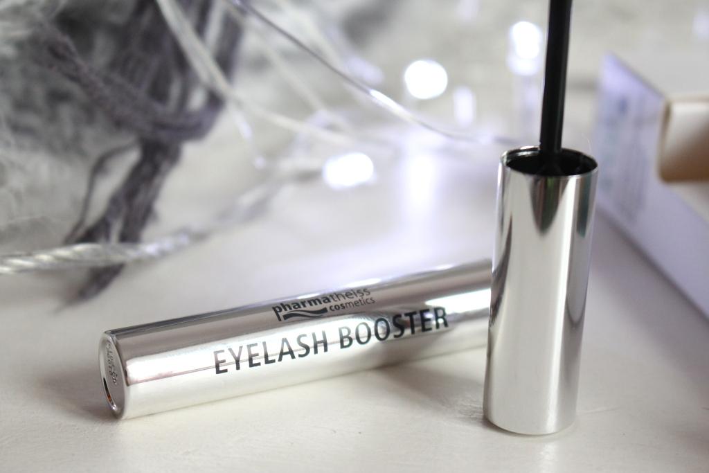 Сыворотка Eyelash Booster отPharmatheiss Cosmetics