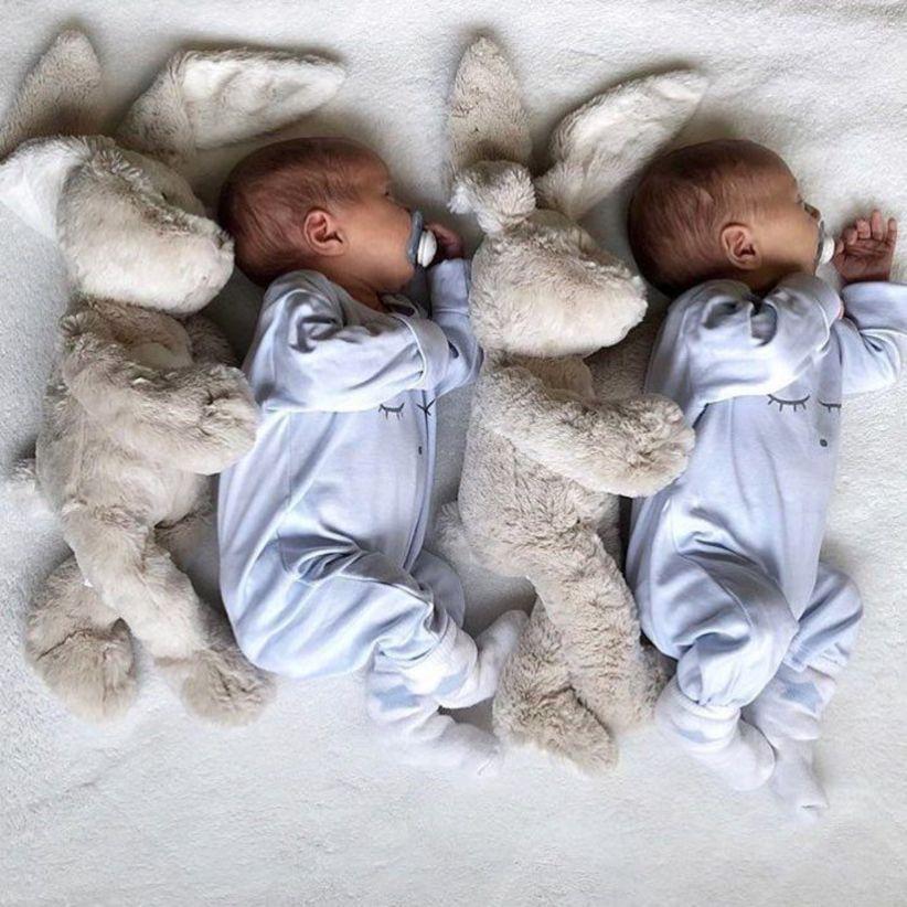 И сегодня поговорим о первой фотосессии для новорожденного.