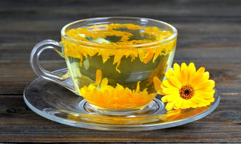 чай из цветов календулы